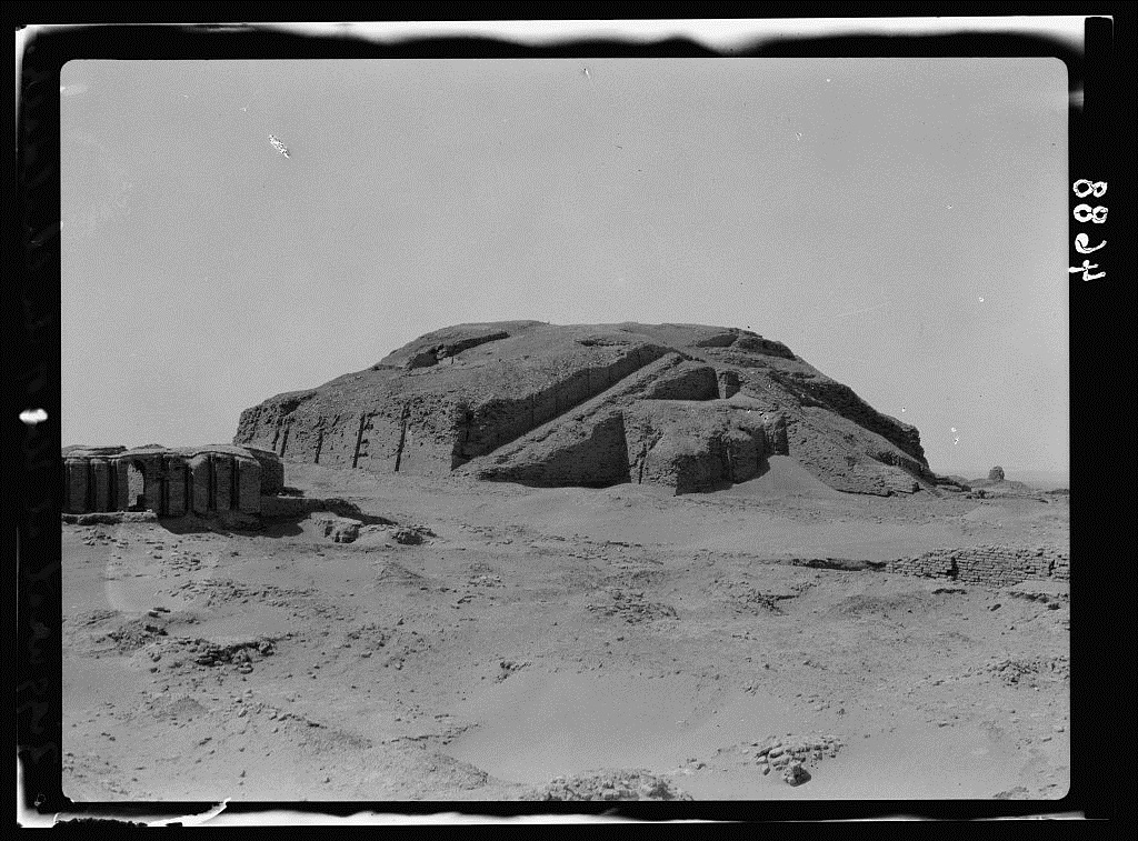 The ruins of Ur ziqqurrat in 1925 - the best preserved one